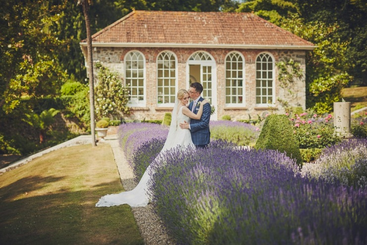 relaxed wedding photography at Ugbrooke House in Devon